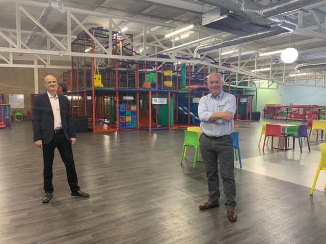 Owner Mark Whittington with Hemel Hempstead MP Sir Mike Penning at DJ's Play Park
