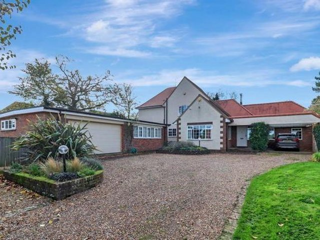 This four bedroom detached house in Hemel Hempstead is on the market right now. Photos: Zoopla and Aitchisons