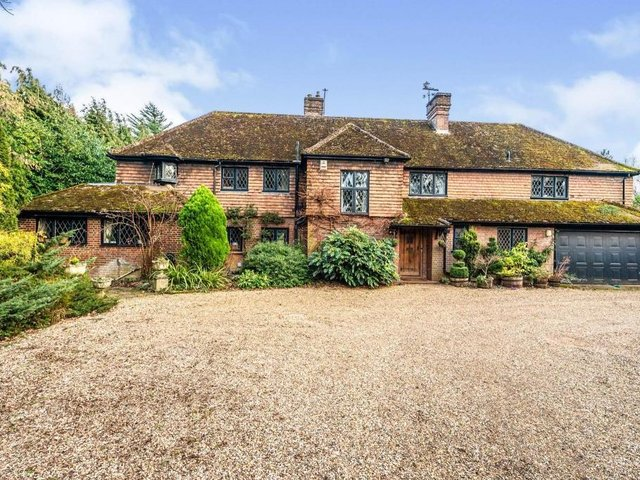 This five-bedroom detached country home in Hemel Hempstead is on the market