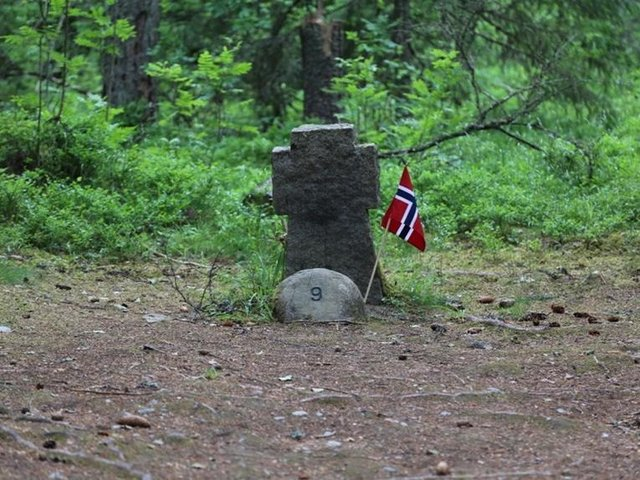Grave 9, Trandum Wood, near Oslo, where Sapper Bonner was originally buried before reburial in the Commonwealth Grave in Oslo West Cemetery
