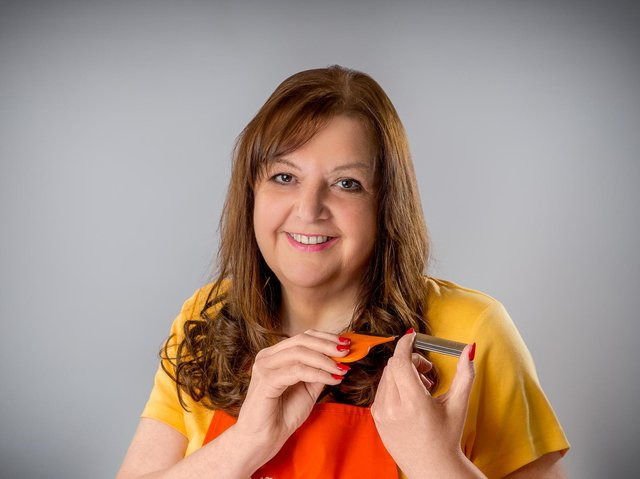 Eileen Hutchinson is the founder of NitNOT head lice treatment products