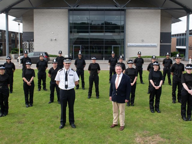 Hertfordshire's PCC David Lloyd and  Chief Constable Charlie Hall with the 18 new recruits