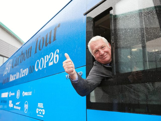 Sir Mike Penning MP for Hemel Hempstead has invited the Zero Carbon Tour Bus back to the town in the Autumn to run free 'zero carbon workshops' for local businesses